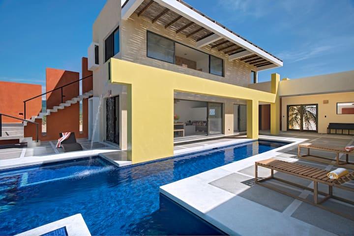 Casa Mar - Unique beach villa in Puerto Escondido