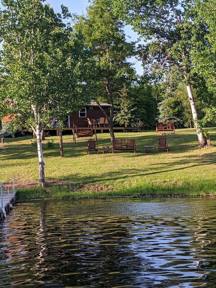 Fully Renovated Cabin on Lake Nokomis/Bridge Lake