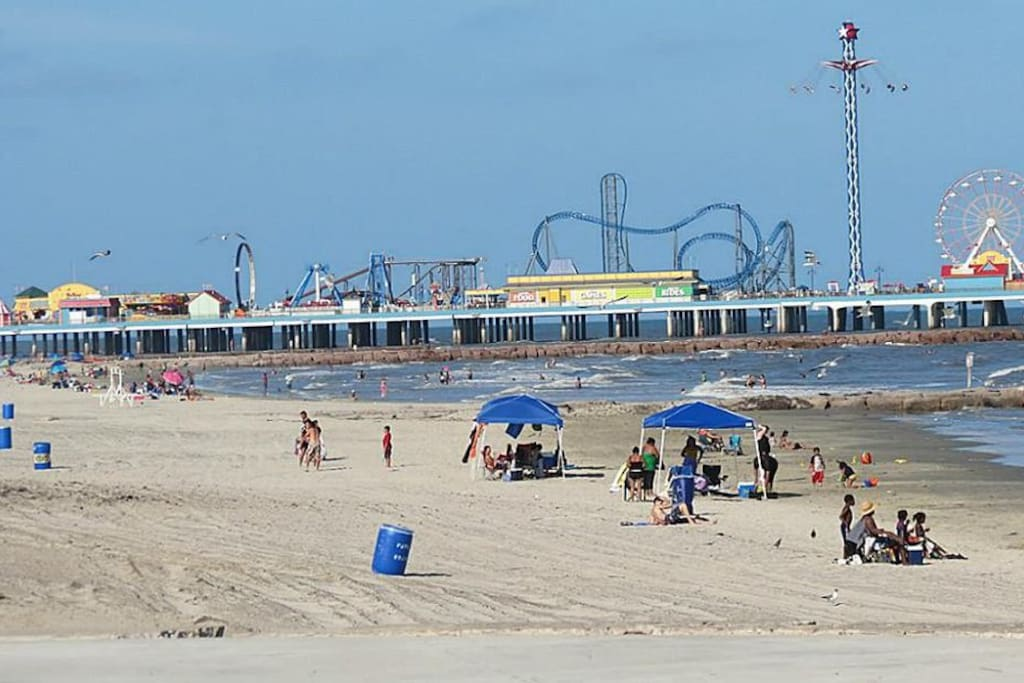 Pleasure Pier...Daytime Fun!!!!