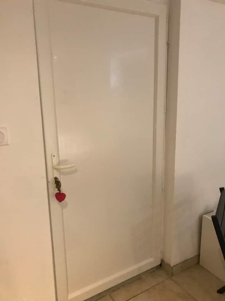 cuisine partagée,salle de bain privé chambre privé