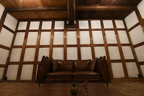 OTONARI/登録有形文化財の蔵で過ごす新潟の旅行
