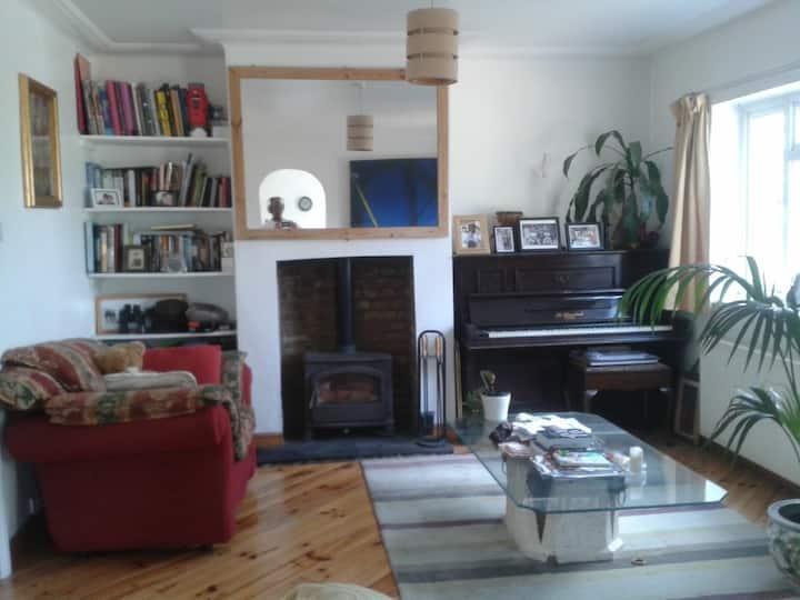 HOUSE- 1 DOUBLE SIZE ROOM @ £20 SLEEPS ONE
