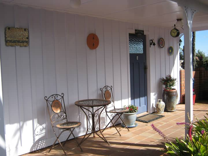 Tui Cottage Oropi