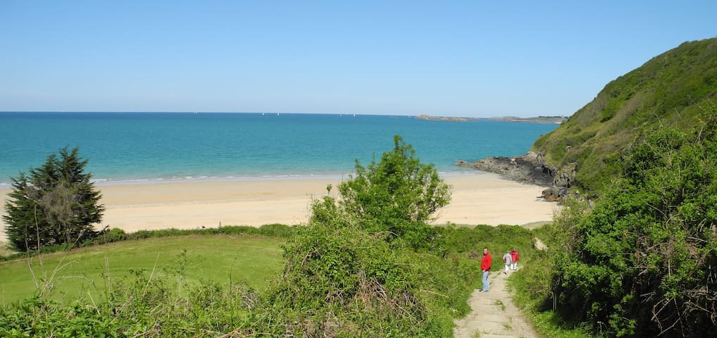 Chemin d'accès Plage Pen Guen Golf