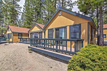 Lakefront 1BR Tahoe Vista Cabin w/Wifi & Deck - Tahoe Vista