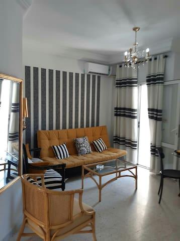 Un appartement coquet au bord de la mer