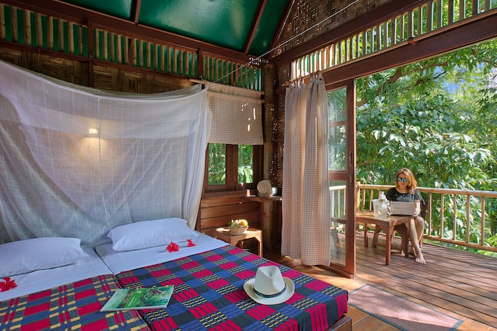 Single-storey Treehouse River View - Khao Sok N.P