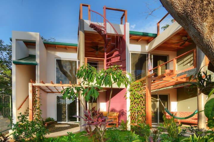 Buena Vibra Beach side earth suite 2