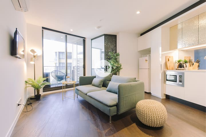 LV 29 DESIGNER 2BDR  1BATH + BEST LOCATION + WIFI - Melbourne - Apartment