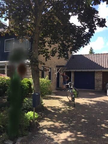 Mooi huis voor Keukenhof of Formule 1 Zandvoort