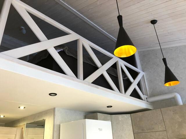2-х уровневые Люкс апартаменты, балкон, все новое!