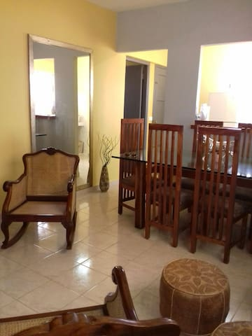 Casadenys. Agradable Estancia en La Habana
