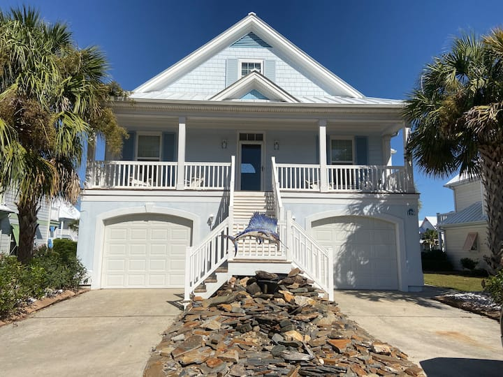 Surfside Beach Home with Golf Carts (179 GB)