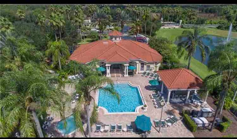 Yummy Beds,3Miles From Disney,In a Gated Community