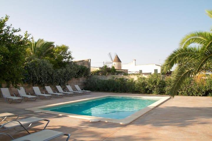 Hotel de Interior Sa Barcella (Mallorca)