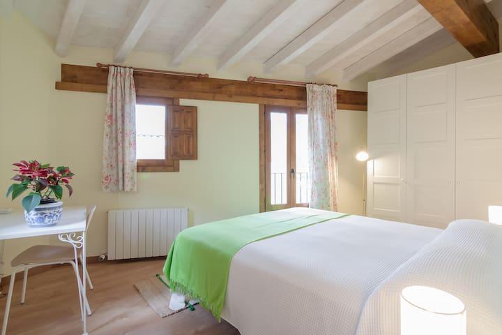 casa dos habitaciones cerca de Comillas
