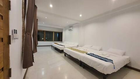 Baanbaan homestay : : Bed & Chilling