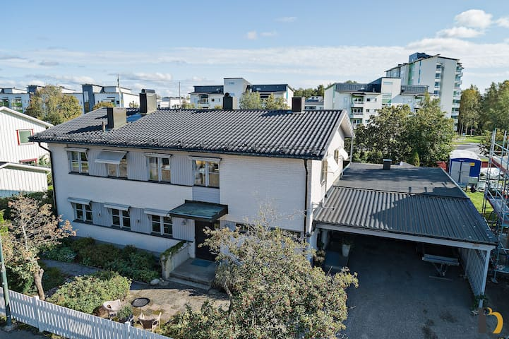Spatious Townhouse Close to the Umeå River