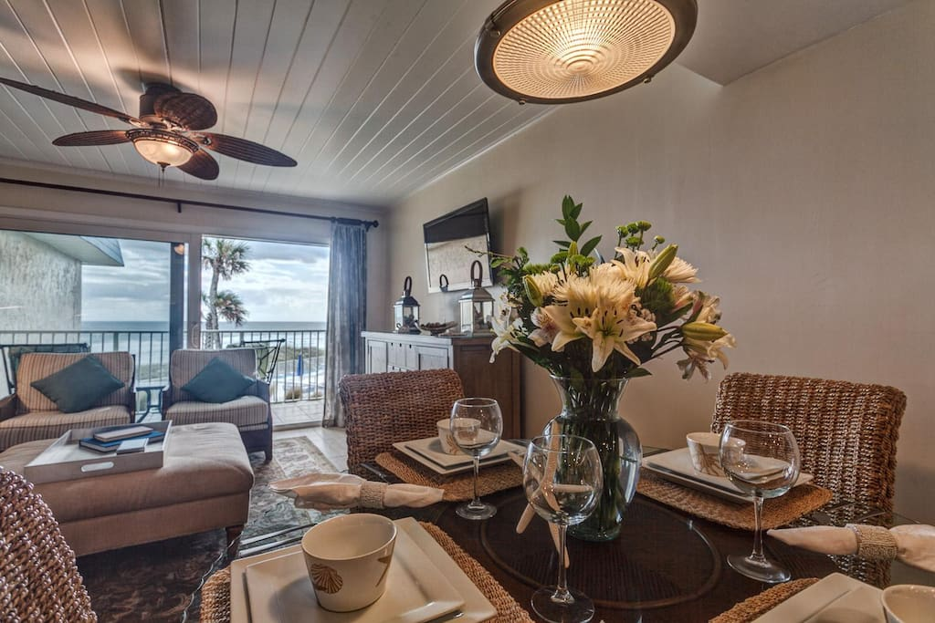 Dining Room-- enjoy dinner AND an ocean breeze and view!