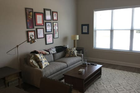 Southend 1 Bedroom 5 minutes from Uptown - Charlotte