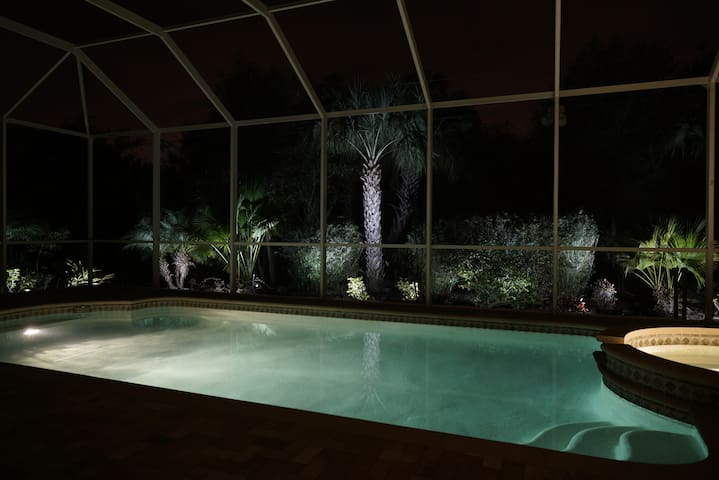 Luxury Home, w/ Pool, Spa, Lanai - Punta Gorda - Haus