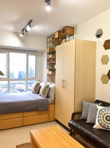 Your Homey Pad w/ Amazing  City View(LongStay)