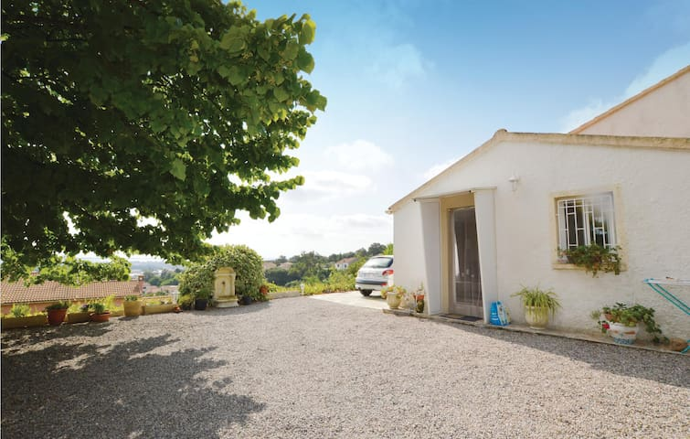 Semi-Detached with 1 room on 20m² in Borgo