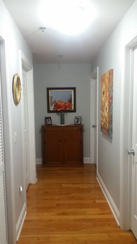 Modern, spacious, safe apartment in the Ironbound - Newark - Condominio