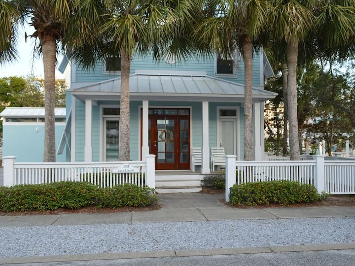 Cottage in Carillon! Pet Ok! Right Across from Beach Access!