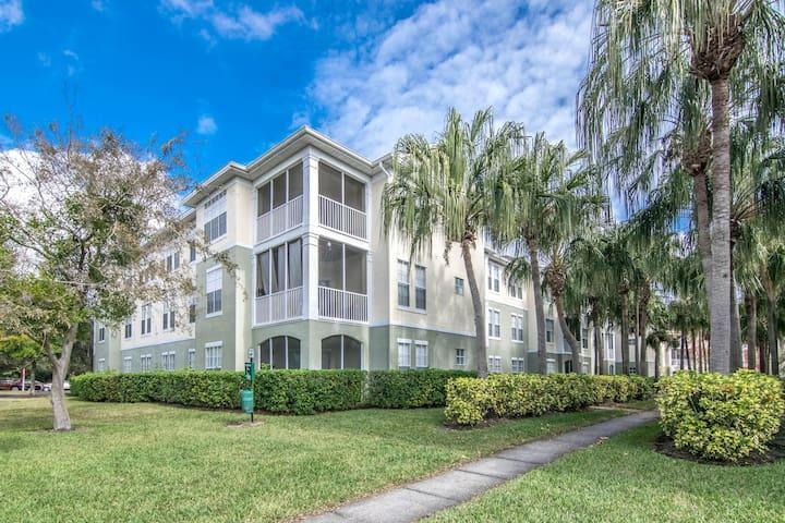 Ground Floor - 2 bedroom 2 bath in Tampa, FL