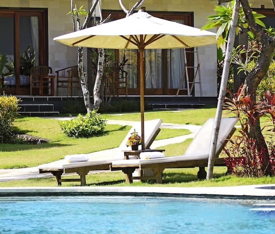Bungalow Double Room with Terrace at Padang padang