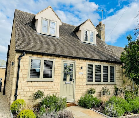 Lavender Lodge,  Bourton on the Water