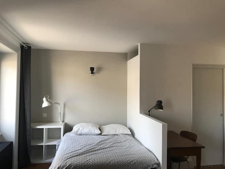 Belle chambre indépendante en centre ville, 23m²