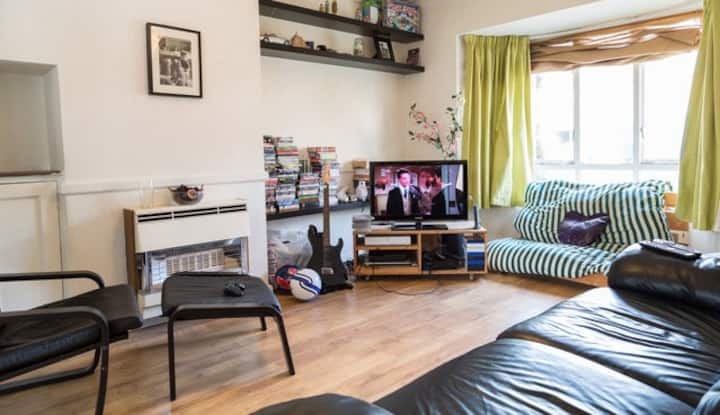 Large double bedroom in Cambridge