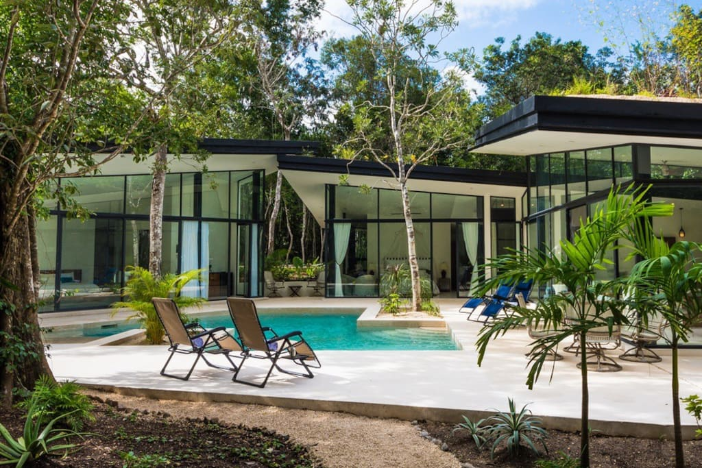 Serene jungle retreat villas for rent in playa del for Villas quintana roo