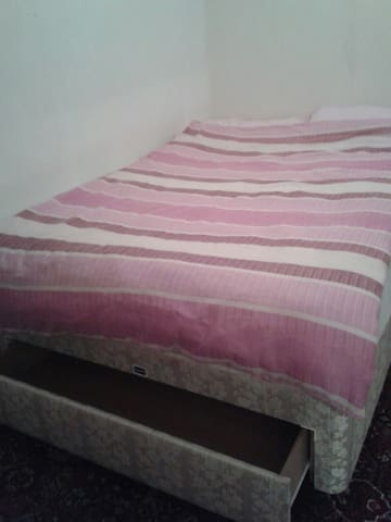 Double Room Near City Centre - Bootle - Apartemen