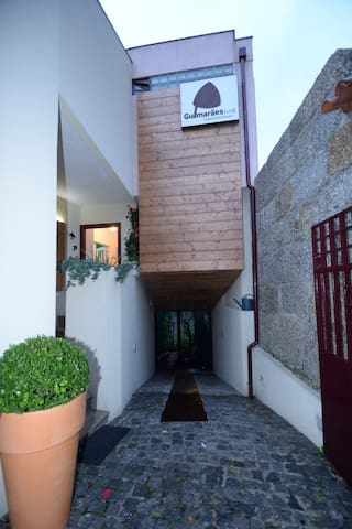 Feel like home! - Guimarães - Huis