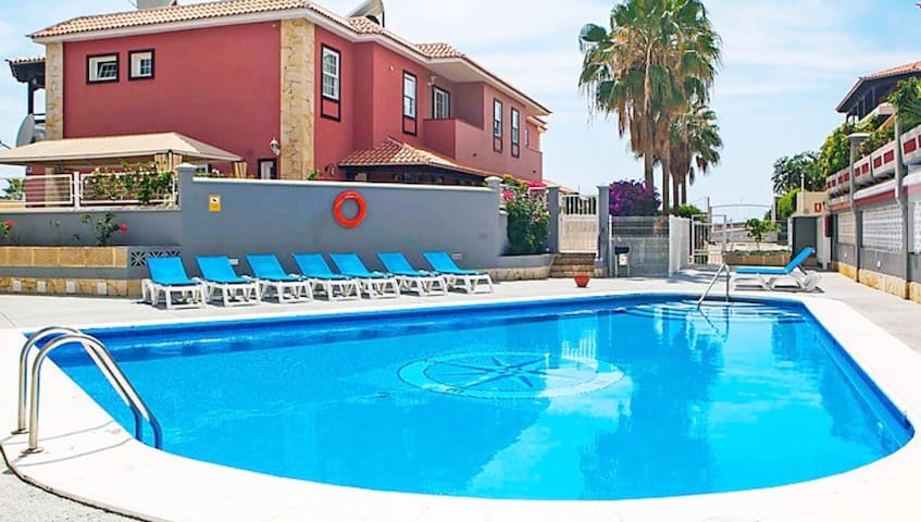 NEW, FAMILY HOUSE, Enjoy Tenerife.