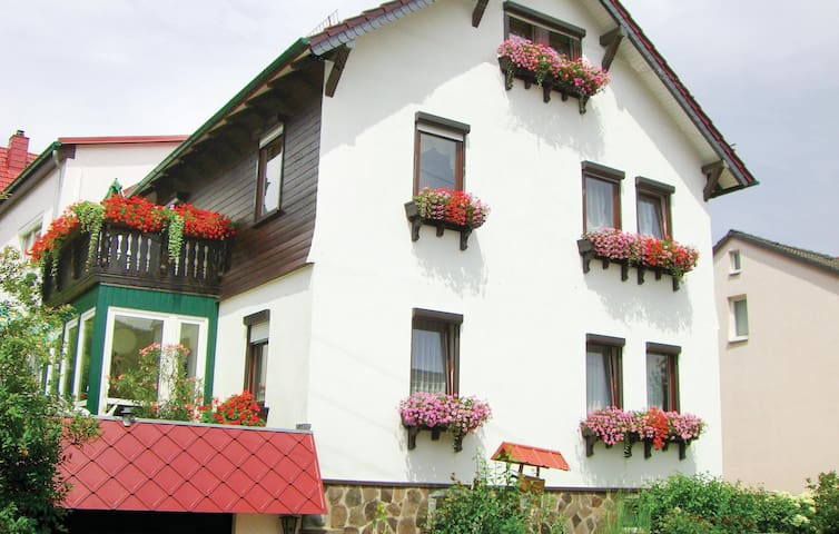 Holiday apartment with 2 bedrooms on 68m² in Waltershausen/Fischb.