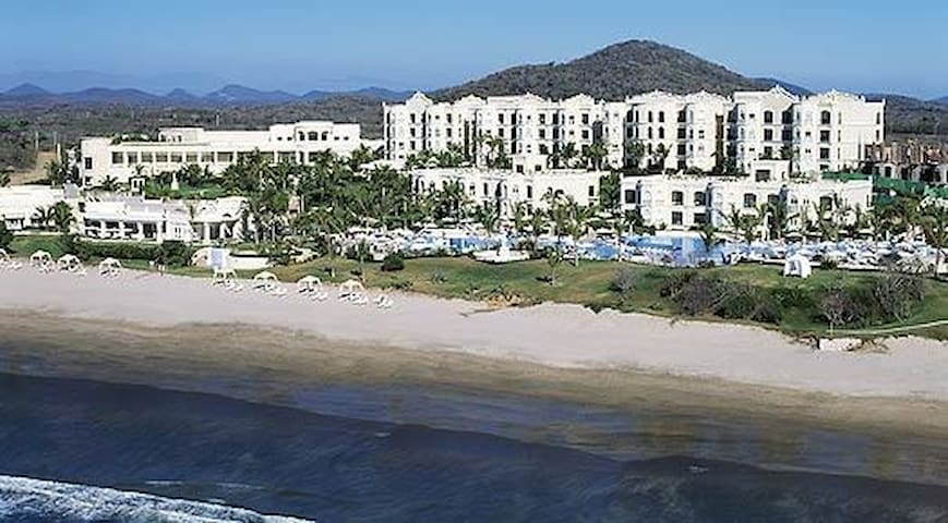Pueblo Bonito Emerald Bay Mazatlan 1Bd March-Dec