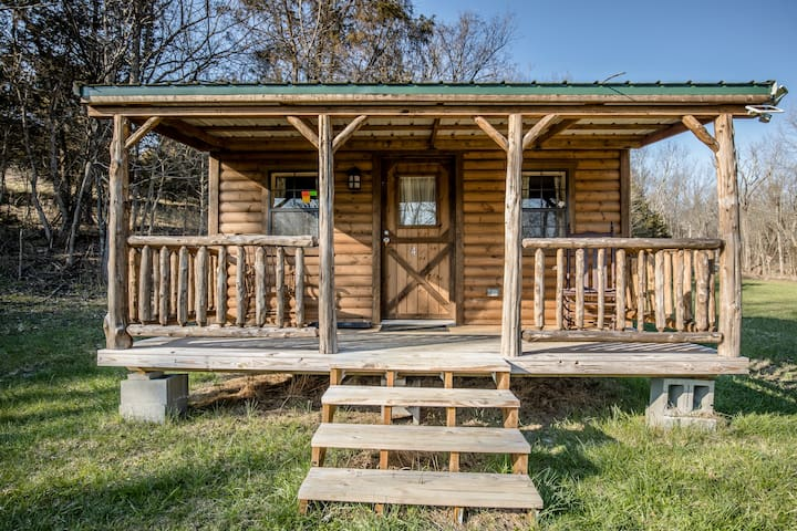 Serenity Hills Farm Cabin 4
