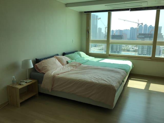 송도국제도시 지하철역 초역세권 신축아파트 최대 4인 숙박가능 - Yeonsu-gu - Apartemen
