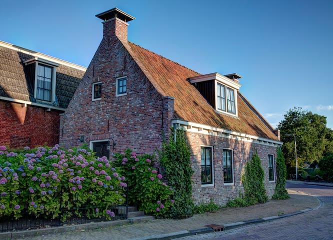 Het Gastenhuisje - Ee - Casa