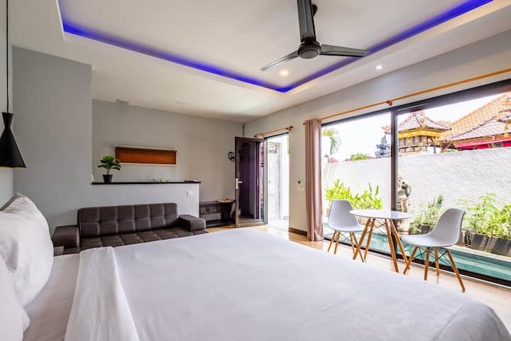 Cozy Canggu Villa with Private Pool & Kitchen