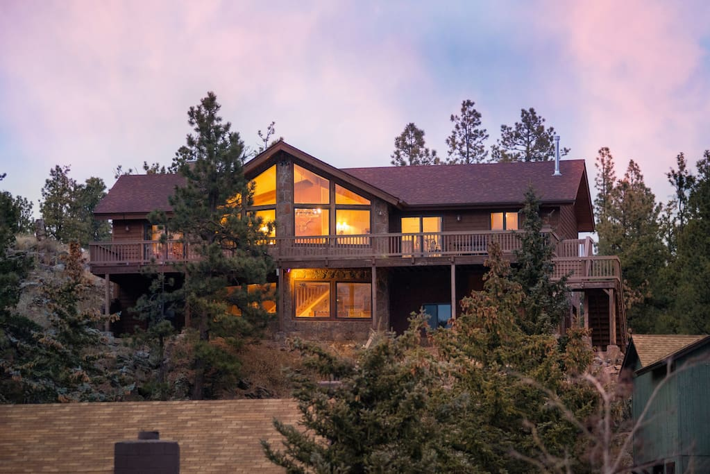 Spectacular greer views ridgetop 5 br luxury home for Cabins to rent in greer az