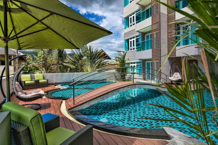 Tropical Garden View 1 Bedroom Apartment @Nai Harn