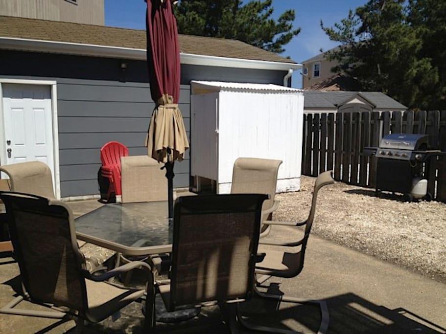 1nd Fl patio area