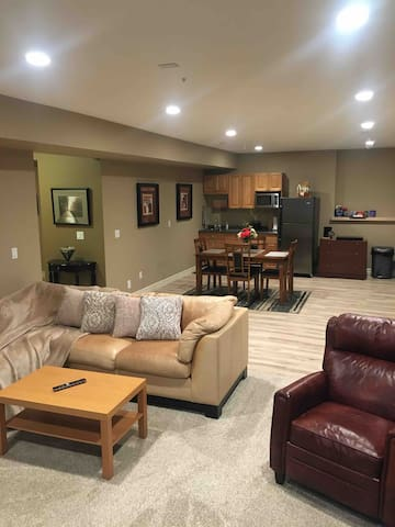 NEWLY RENOVATED Walk-Out Basement Suite