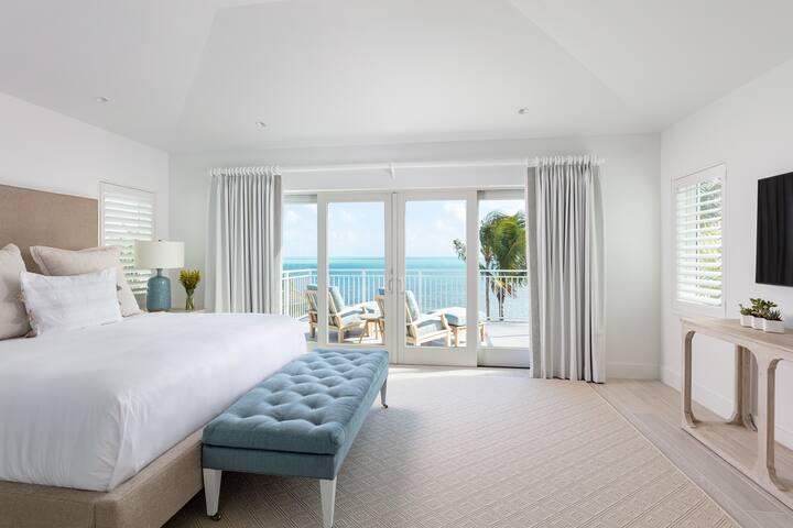 4 Bedroom Villa with Premium Ocean Views & Bunkbeds
