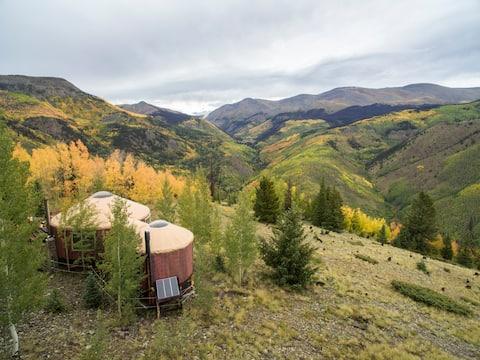 Потрясающие свойства юрты рядом с Creede, Колорадо